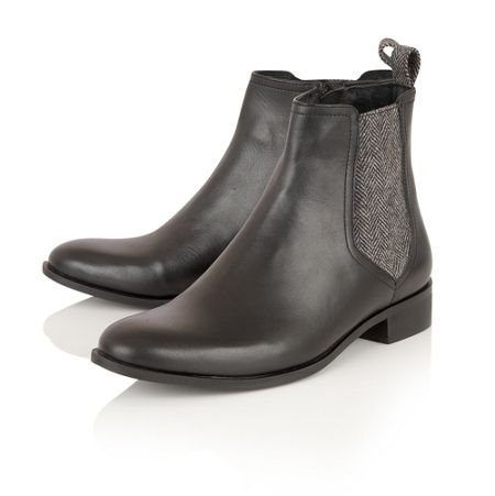 Ravel Johnson ankle boots