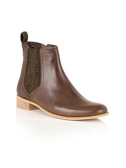 Johnson ankle boots