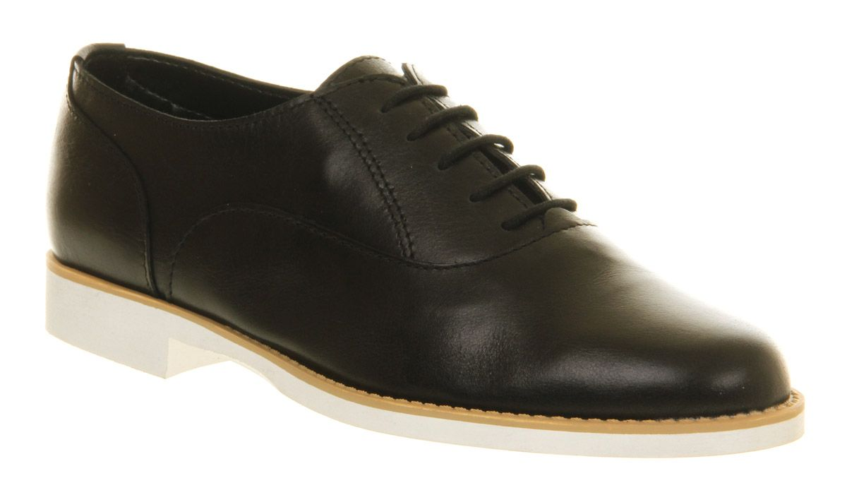 Pulse lace up shoes