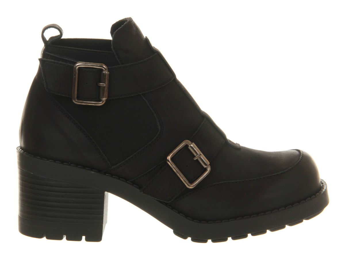 Bragg leather round toe block heel buckle boots