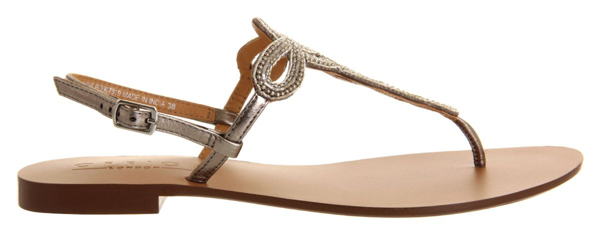 Hareem leather open toe flat buckle sandals