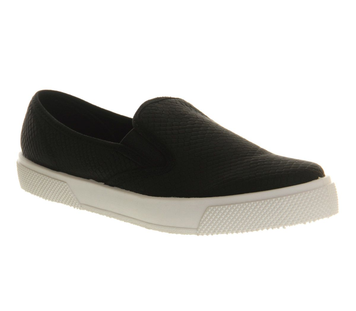 Kicker round toe flat slip on trainers