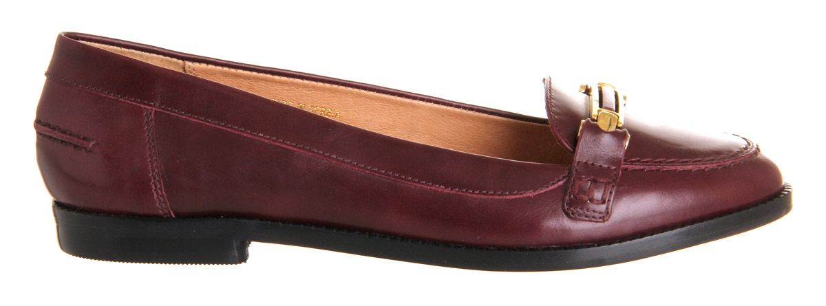Victoria loafers
