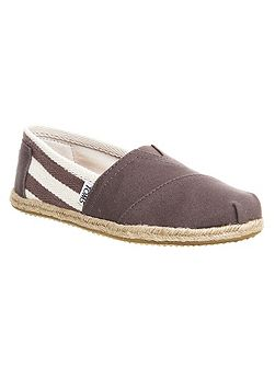 University espadrilles