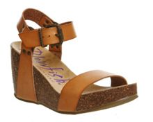 Blowfish Hiki wedge heels