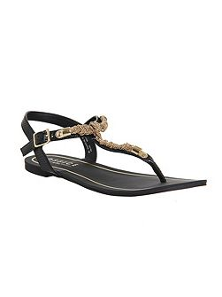 Bouffant t bar sandals