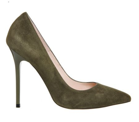 Office On to pointed court heels