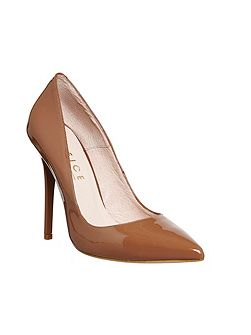 Onto pointed court shoes