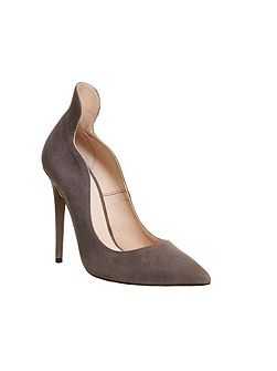 Trouble high back point court heels