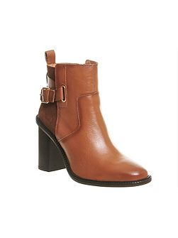 Lively smart heeled boots