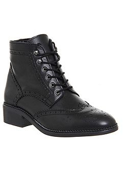 Limerick brogue lace up boots