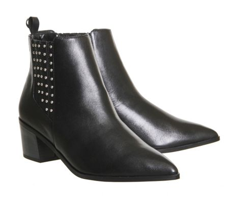 Office Logical pointed chelsea boots
