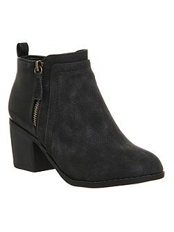 Lucy side zip detail boots