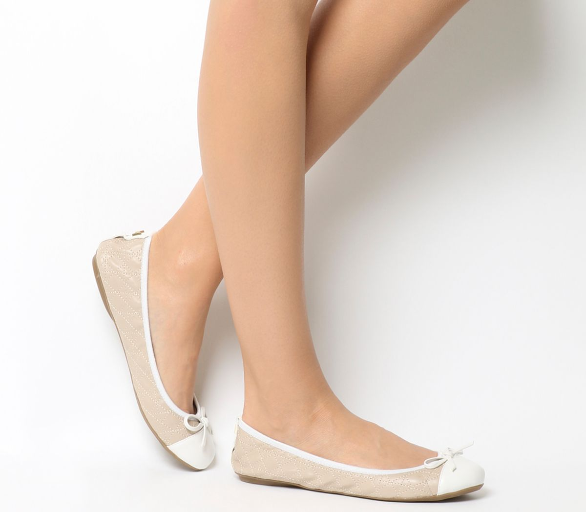 Butterfly Twists Quilted Olivia Pumps, White