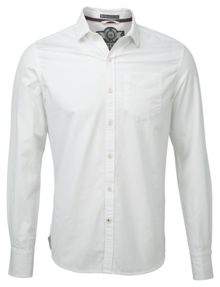 Cut away collar shirt