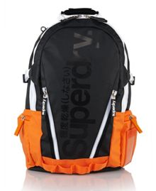 Pop tarp backpack