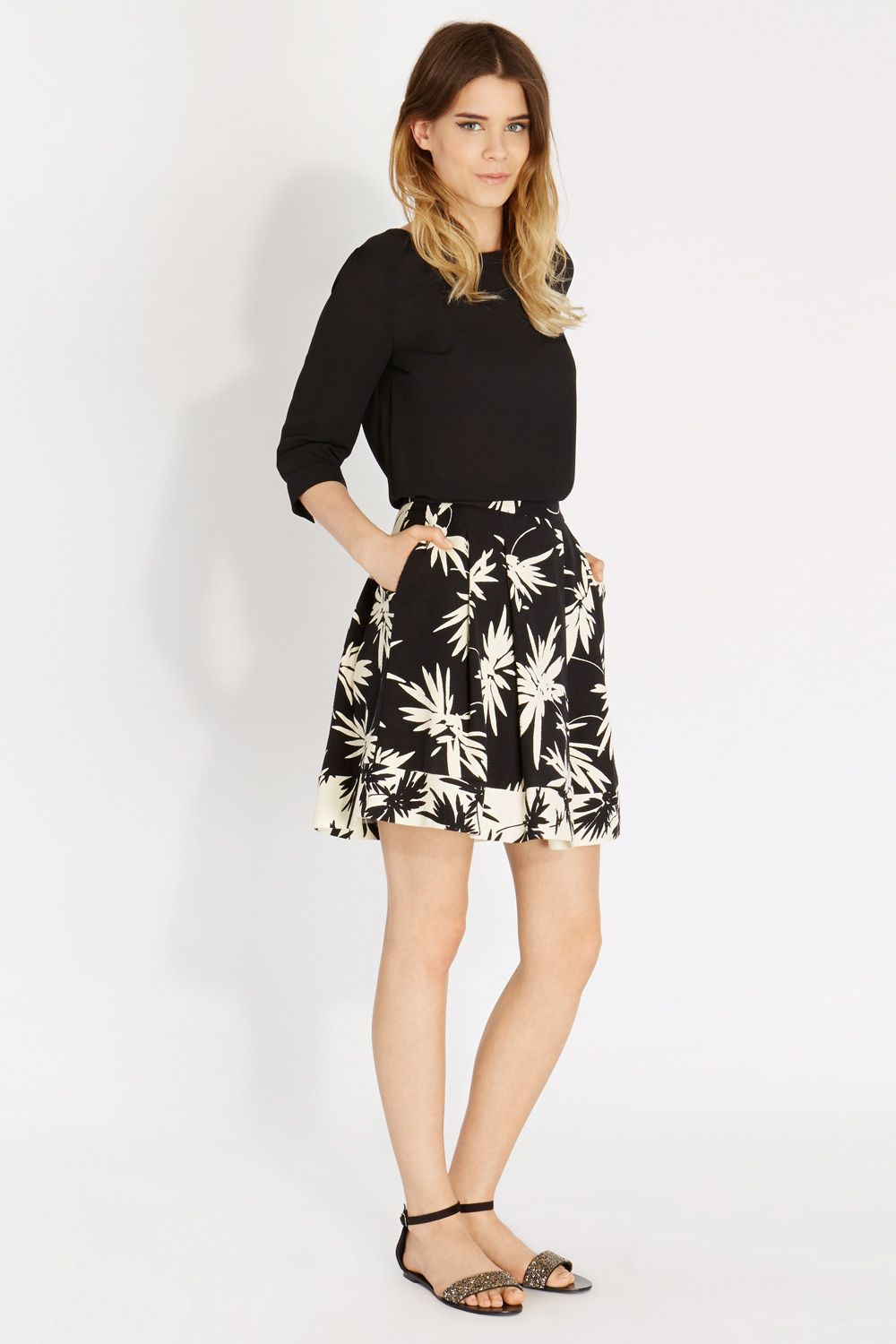 Bi formal woven skirt