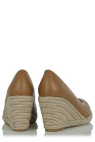 Oasis Catherine Court Wedge