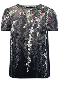 Falling willow blossom t shirt