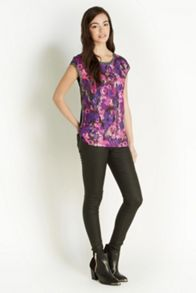 Blurred Floral Woven Front Top