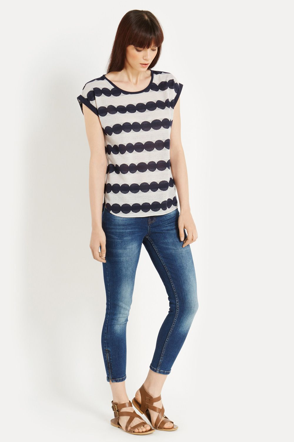 Scallop lace stripe t-shirt