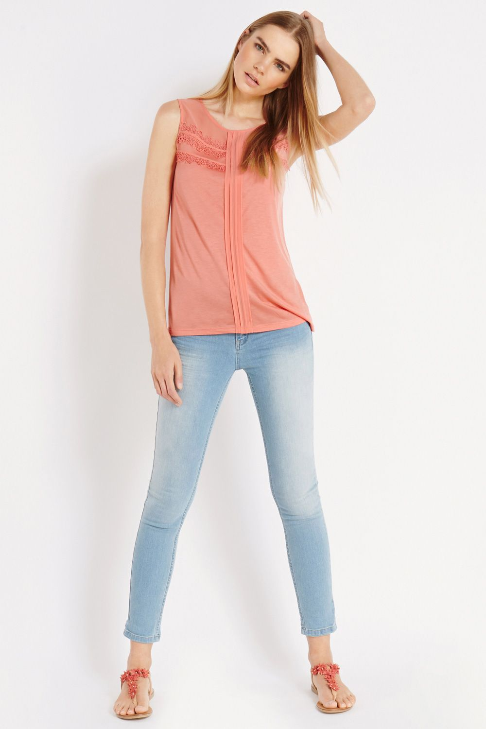 Daisy trim shell top