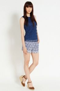 Geo spot lace shell top