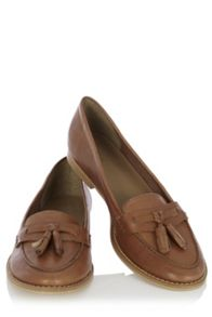 Soft tassel loafers