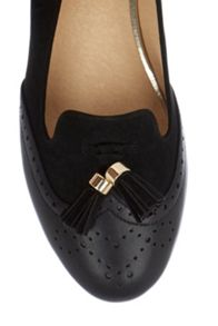 Oasis Brogue Tassel Slipper
