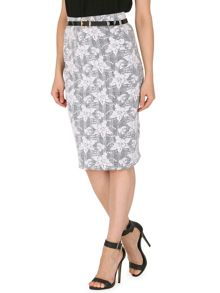 Monochrome Pencil Skirt with Skinny Belt