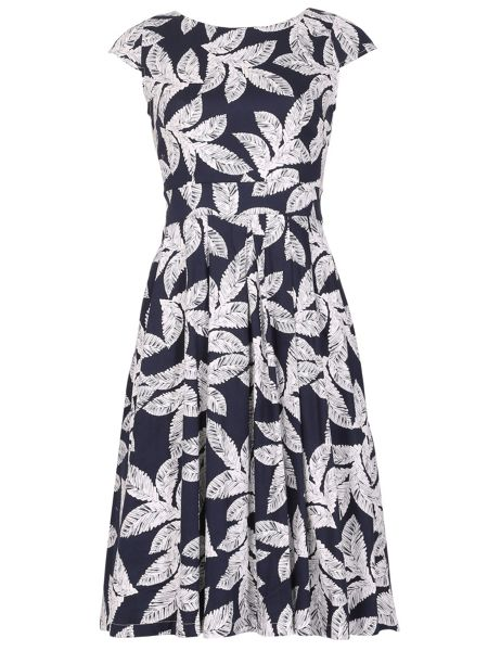 Izabel London Pleated Occasion Dress With Palm Print