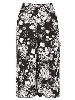 Wide Leg Trousers With Poppy Print