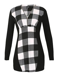 Contrast Checked Tunic Top