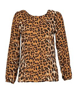 Leopard Print Reveal Back Top
