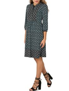 Izabel London Elastane 3/4 Sleeve Printed Dress