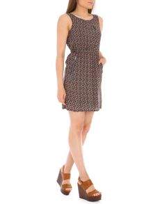 TENKI Sleeveless Leaf Print Dress