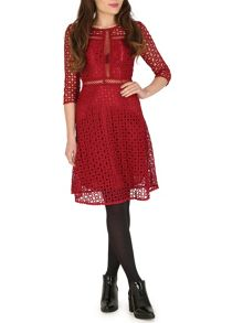 TENKI Quarter Sleeve Lace Dress