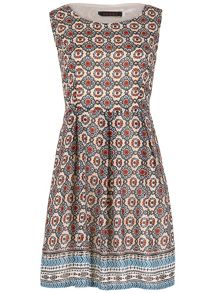 TENKI Sleeveless Patterned Dress