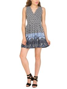 TENKI V-Neck Geo Print Dress