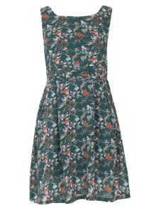 TENKI Sleeveless Floral Print Skater Dress