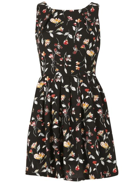 TENKI Sleeveless Floral Skater Dress
