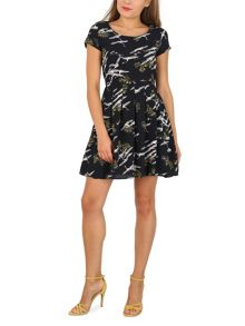 TENKI Cap Sleeve Flying Bird Print Dress