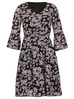3/4 Sleeve Floral Print Ruffle Dress