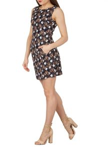 TENKI Sleeveless Palm Tree Print Shift Dress