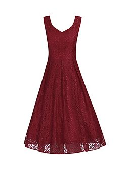 Sweetheart Pleated Lace Dress