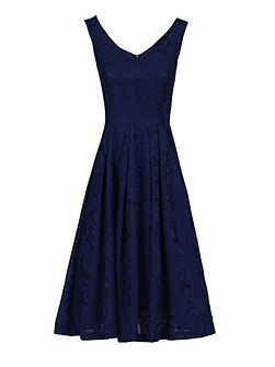 Lace Bonded Sweetheart Neck Dress