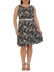 Plus Size Floral Tapestry Print Dress