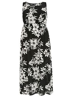 Plus Size Ornate Floral Maxi Dress