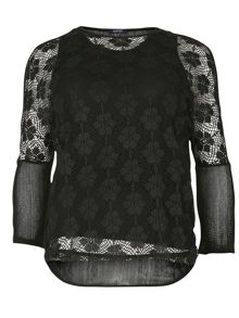 Plus Size Floral Lace Layered Top
