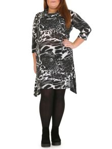 Samya 3/4 Sleeve Floral Print Dress